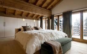 chambre style chalet design interieur chambre coucher luxe style chalet couleurs neutres