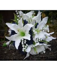 Casablanca Flower - lily bouquet stunning brides posy of ivory lilies roses in your