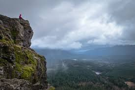 Narrow Picture Ledge Hike To Rattlesnake Ledge Washington