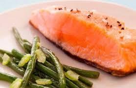 cuisine pav de saumon recette de pavé de saumon à l unilatérale étuvée de haricots verts
