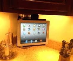 under cabinet tv mount swivel best buy under cabinet tv agustinanievas com