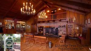 thanksgiving day dining at magic kingdom park s liberty tree tavern