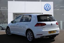 white volkswagen golf find a used white vw golf mk7 facelift 1 6 tdi gt bmt 115 ps 5dr