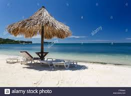 Beach Lounge Chair Umbrella Solitary Thatched Roof Tiki Hut Umbrella Shades Lounge Chairs On
