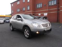 nissan qashqai leather seats for sale nissan qashqai 2 0 tekna 2wd 5dr leather seats panoramic roof 2009