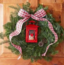 How To Decorate A Christmas Wreath 50 Beautiful Holiday Wreaths Midwest Living