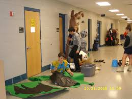students transform the halls of williamstown high into