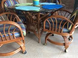 rattan kitchen furniture advice on painting wicker rattan dinette set hometalk