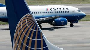 100 united airlines baggage military couple ordered off