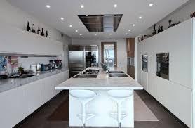 cuisine avec spot cuisine avec îlot central ou bar en 111 idées merveilleuses