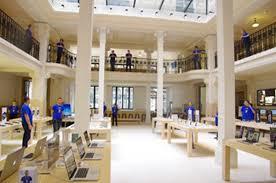 Apple Store Paris Apple Store 6 200 M2 Au 114 Avenue Des Champs Elysées à Paris