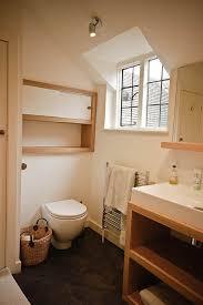 holz f r badezimmer 42 ideen für kleine bäder und badezimmer bilder