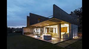 289 sqm modern concrete house design with unique structure
