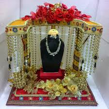 indian wedding gifts for traditional wedding gifts in india unique wedding ideas