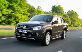 vw amarok volkswagen review and buying guide best deals and prices buyacar