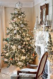 the decorated house tree sparkle
