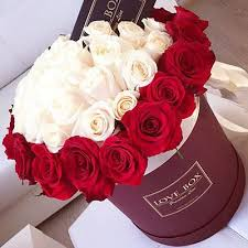 flowers in a box flowers in a box exclusive buy with delivery in kiev and ukraine