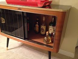 furniture brown stained maple wood prtable mini bar liquor