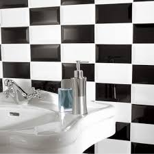 carrelage noir et blanc cuisine salle de bain carrelage de metro dans la direction de carrelage noir