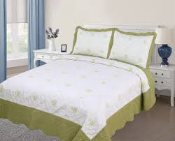 Oversized Quilted Bedspreads Quilted Bedspreads King Size