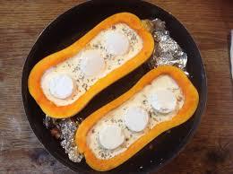 comment cuisiner un butternut butternut farcie au chèvre lardons et thym recettes de cuisine