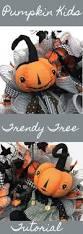 Halloween Wreath Tutorial by 935 Best Wreath Making Images On Pinterest Wreath Tutorial