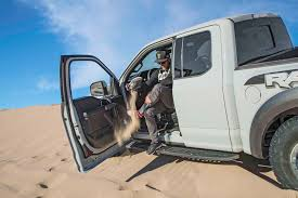 Ford Raptor 2017 - video we jump a ford f 150 raptor over a sand dune with ken block