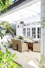 Living Spaces Dining Sets by Best 10 Outdoor Dining Rooms Ideas On Pinterest Mismatched