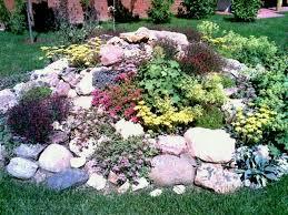 Rock Gardens On Slopes Steep Slope Landscaping Ideas Backyard Hillside Landscape