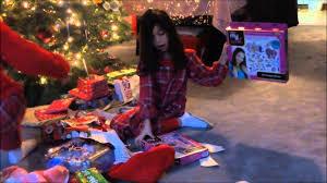 opening christmas presents vlog 45 youtube