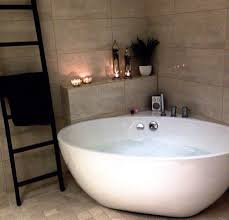Bathroom Showers For Sale by Best 20 Corner Bathtub Ideas On Pinterest Corner Tub Corner
