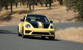 volkswagen new beetle interior 2014 volkswagen beetle gsr test u2013 review u2013 car and driver