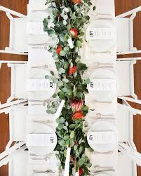 Classy Christmas Party Decor by Best 25 Christmas Table Settings Ideas On Pinterest Christmas