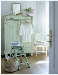 Shabby Chic Decorating Tips by 11 Exquisite Shabby Chic Decorating Tips Distressed Furniture