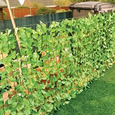 3 metre leaf fence barrier garden divider decoration screening