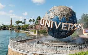 universal orlando is hiring for 3 000 and perks include