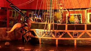 pirate show ship sinks treasure island las vegas pirate ship