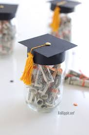 best creative diy graduation gifts that grads will