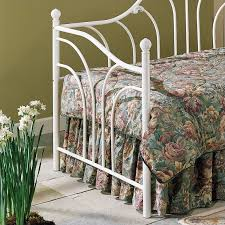 metal daybed in antique white finish b61057