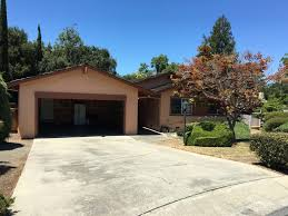 3bd 2 5ba single family home 1051 peninsular ct hillco