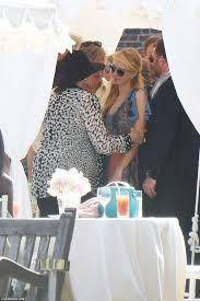what is kensington palace paris hilton has her arm gripped by sister nicky u0027s wedding guest