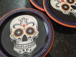 dia de los muertos ornaments made from dollar store paper plates