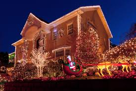 Outdoor Christmas Light Safety - how to hang outdoor christmas lights like a pro fixd repair