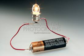 light bulbs and batteries science electricity simple circuit fundamental photographs the