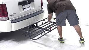 review of the curt hitch cargo carrier on a 2008 dodge nitro