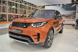 toyota land rover 2017 jlr india to launch 2017 land rover discovery in october