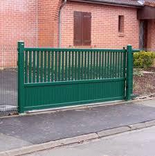portails de jardin barriere coulissante jardin pour portail coulissant