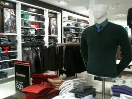 clothing stores how mannequins boost inventory turnover at retail clothing stores