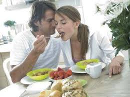 cuisiner pour amoureux la cuisine de l amour menu fleur bleue pour régaler votre homme