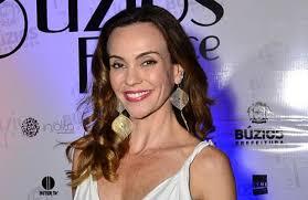 Após licença-maternidade, Flávia Monteiro volta à TV em nova ...